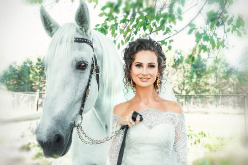 Unique wedding with the white horse!!!